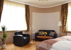 布萊梅斯塔德特酒店 - 不萊梅 - 臥室