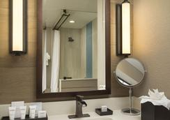 Wave Street Inn - 蒙特雷 - 浴室