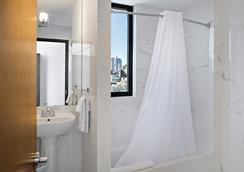果园街酒店 - 紐約 - 浴室