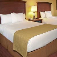 Rosen Inn at Pointe Orlando Guest room