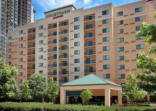 Courtyard by Marriott Jersey City Newport