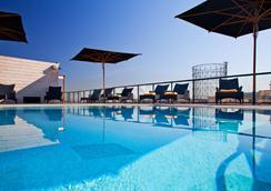 H10羅馬西塔酒店 - 羅馬 - 游泳池