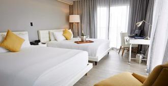 里維埃拉套房酒店 - 邁阿密海灘 - 臥室