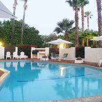 Hotel Pepper Tree Outdoor Pool