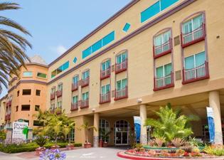 阿納海姆沙漠棕櫚套房度假酒店