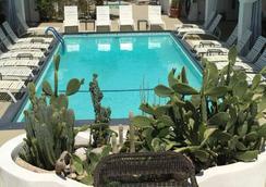 Posh Palm Springs - Palm Springs - 游泳池