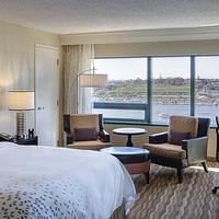 Renaissance Baltimore Harborplace Hotel Guest room