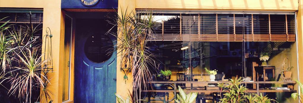 Old Capital Bike Inn - 曼谷 - 建築