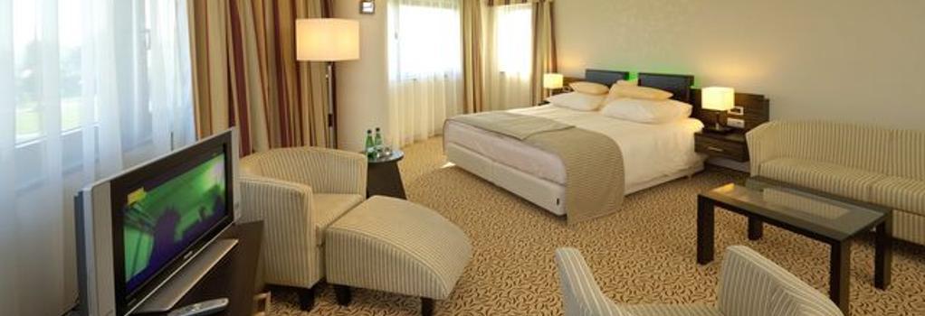 Qubus Hotel Krakow - Krakow - 臥室