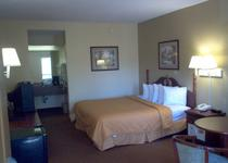 Days Inn & Suites Savannah Midtown