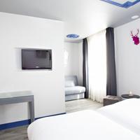 Hotel Mademoiselle Guestroom