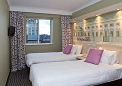 The President Hotel - 倫敦 - 臥室