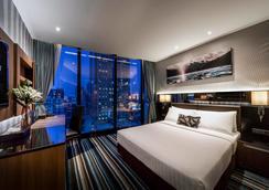 康帕斯酒店集團曼谷歐陸酒店 - 曼谷 - 臥室