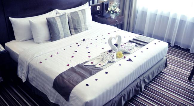 Aston Samarinda Hotel and Convention Center - 三馬林達 - 臥室