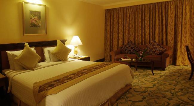 Aston Tropicana Hotel Bandung - 萬隆 - 臥室
