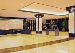 阿斯頓登巴薩會議酒店 - 登巴薩 - 大廳