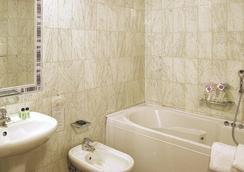 巴拿馬酒店 - 佛羅倫斯 - 浴室