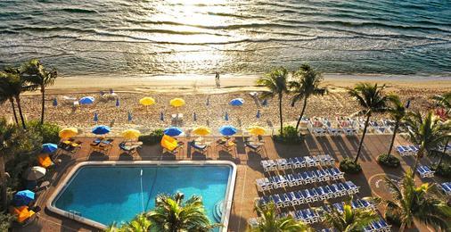 海天度假酒店 - 勞德代爾堡 - 游泳池