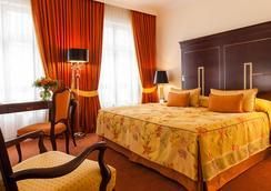 布洛皇宮公寓 - 德累斯頓 - 臥室
