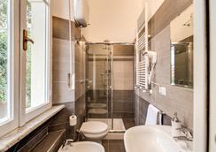 裡萊斯拉托雷塔住宿加早餐旅館 - 羅馬 - 浴室