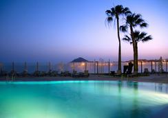 海沙酒店- 僅限成人 - El Médano - 游泳池