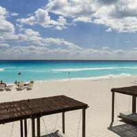Sandos Cancun Luxury Experience Resort Vista en la playa