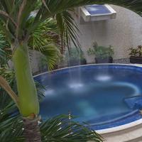 Sandos Cancun Luxury Experience Resort Jacuzzi Outdoor Spa