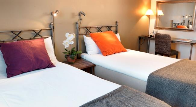 Maude's Hotel Enskede - 斯德哥爾摩 - 臥室