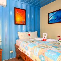 Jungles Edge Cozy Little Lotus Suite with 1 queen or 2 single beds