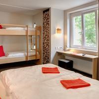 Meininger Hotel Berlin Mitte Humboldthaus Guestroom