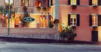 皮克拉錫耶納別墅酒店 - 錫耶納 - 建築