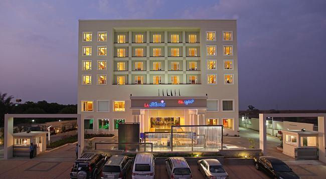 La Classic Hotel - 班加羅爾 - 建築