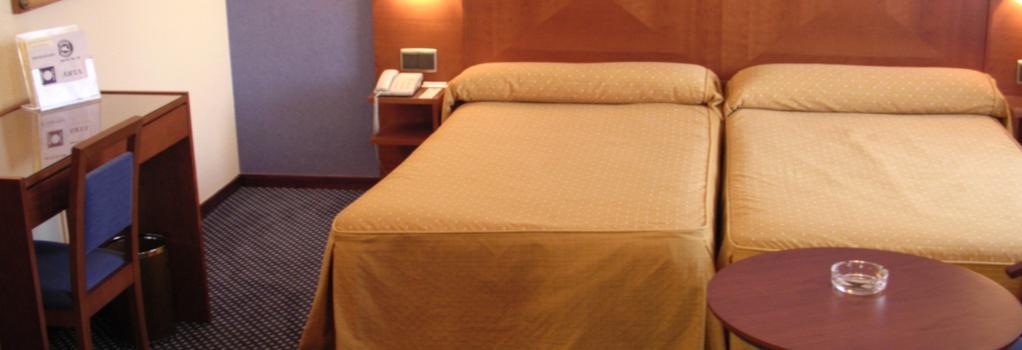 Torreluz Centro - 阿爾梅利亞 - 臥室