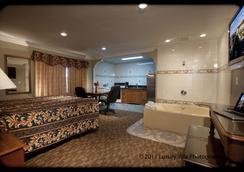 水晶洛奇汽車旅館 - 文圖拉 - 臥室