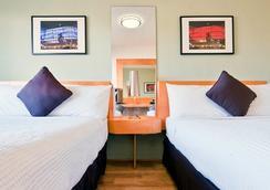 肯特酒店 - 邁阿密海灘 - 臥室