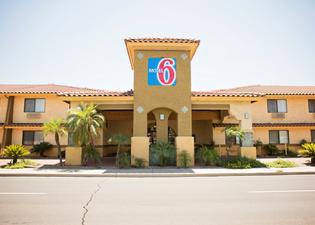 Motel 6 Phoenix - Scottsdale West, AZ