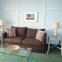 La Jolla Cove Suites Living Area