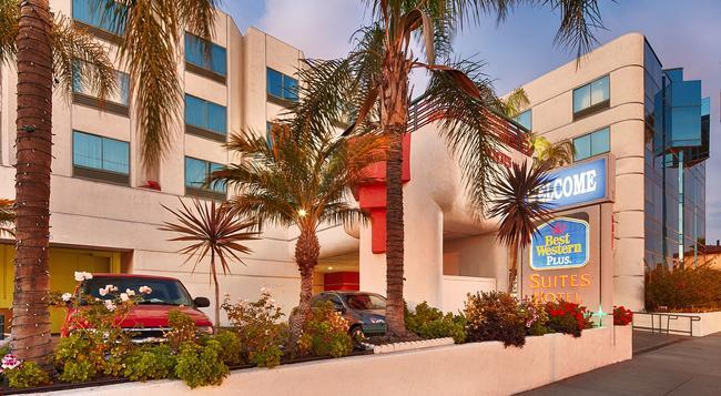 Best Western Plus Suites Hotel - 英格爾伍德 - 建築