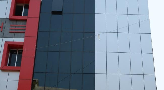 Hotel Nirmal Inn - 布巴內斯瓦爾 - 建築