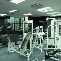 Pacific Regency Hotel Suites Gym