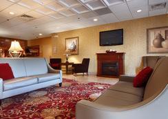 拉馬達卡里爾環島酒店 - 錫拉丘茲 - 大廳