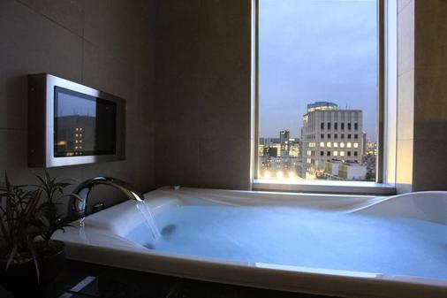 東京庭飯店 - 東京 - 浴室