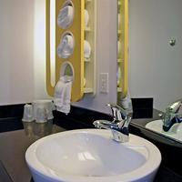 Motel 6 San Jose South Bathroom Sink