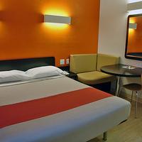 Motel 6 Salisbury Single