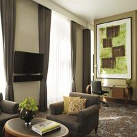 The Ritz-Carlton, Vienna Suite