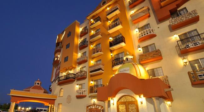 Hotel Maria Bonita Consulado Americano - 華雷斯城 - 建築