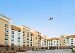達拉斯沃斯堡國際機場北/格普宛萬豪廣場套房酒店 - 格雷普韋恩 - 大廳