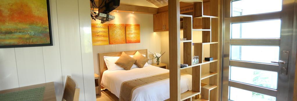 One ON Marlin Spa Resort - 普羅維登西亞萊斯島 - 臥室