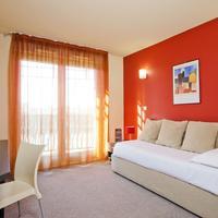 CERISE Valence Guestroom