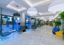 卡普坦酒店 - 阿拉尼亞 - 大廳